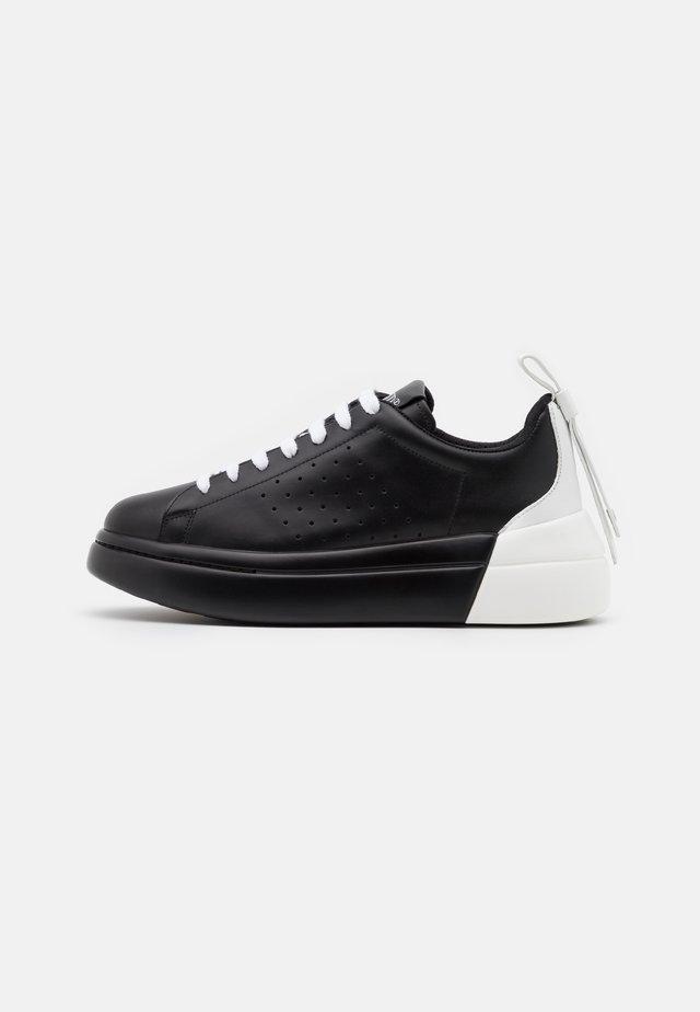 Zapatillas - nero/bianco