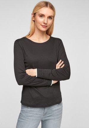 MIT RUNDHALSAUSSCHNITT - Long sleeved top - black