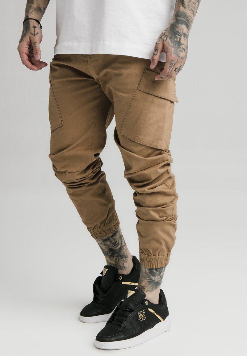 SIKSILK - ELASTIC CUFF PANT - Pantaloni cargo - beige