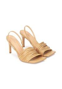 Kazar - LELA - Sandalen met hoge hak - light brown - 1