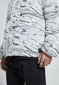 PULL&BEAR - Winter jacket - off-white - 4