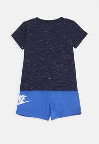 Nike Sportswear - SHORT SET - Camiseta estampada - pacific blue - 1