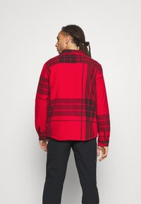 The North Face - CAMPSHIRE - Fleecová bunda - red - 2