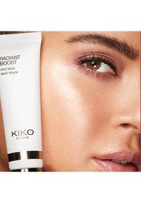 KIKO Milano - RADIANT BOOST FACE BASE - Primer - - - 1