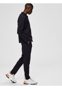 Selected Homme - FLEX FIT HOSE SLIM FIT - Chinos - dark sapphire - 3
