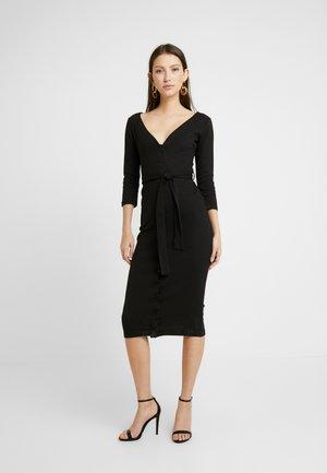 TIE BELT BUTTON THROUGH 3/4 SLEEVE BODYCON MIDI DRESS - Pouzdrové šaty - black