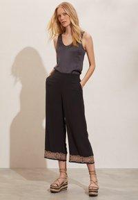 Odd Molly - Trousers - deep asphalt - 1