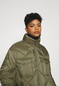 Tommy Jeans - DIAMOND QUILTED COAT - Winter coat - olive tree - 3