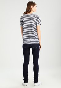 Object - OBJTESSI SLUB - T-shirt basic - mood indigo/white - 2