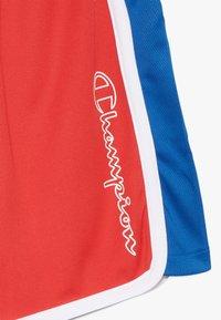 Champion - PERFORMANCE - Krótkie spodenki sportowe - red/blue/white - 3