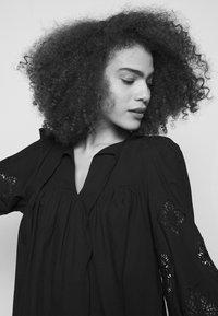See by Chloé - T-shirt à manches longues - black - 4