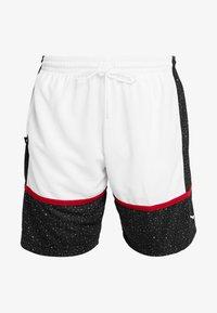 Jordan - JUMPMAN GRAPHIC SHORT - Träningsshorts - black/white/gym red - 5