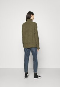 Even&Odd - BASIC- Roll neck- long line - Jersey de punto - khaki - 2