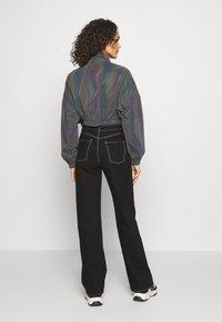 Sixth June - CROPPED IRIDESCENT JACKET - Training jacket - black - 2