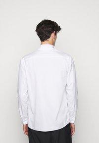 N°21 - CAMICIA - Shirt - bianco ottico - 2