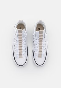 Converse - CHUCK TAYLOR ALL STAR UTILITY WEBBED UNISEX - Baskets montantes - white/string/black - 3