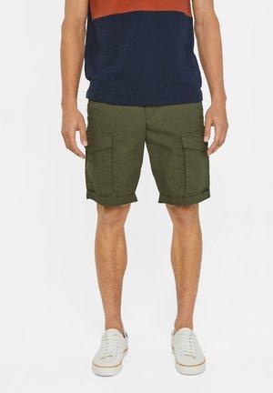 WE FASHION HEREN CARGO SHORT - Shorts - army green