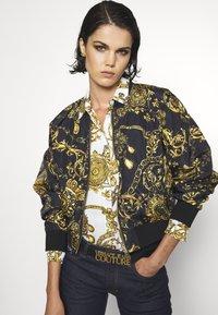 Versace Jeans Couture - VITELLO BELTS - Belt - nero - 0
