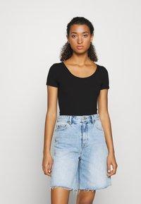 Hollister Co. - BODYSUIT BASIC 2 PACK - Basic T-shirt - black/white - 5