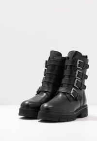 Marco Tozzi - Cowboy/biker ankle boot - black antik - 4