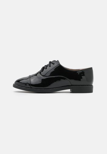 LANGLEY BLING RAND LACE UP
