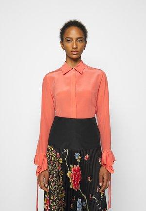 FLOUNCE CUFF SHIRT - Button-down blouse - lychee pink