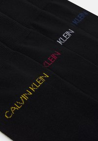 Calvin Klein Underwear - CREW FLAT GIFTBOX PALMER 4 PACK - Socks - black - 2