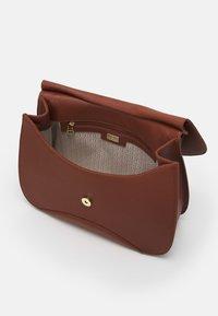 AIGNER - SELMA BAG - Handbag - cognac - 2