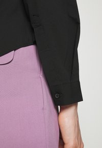 Marks & Spencer London - FITTED SHIRT - Button-down blouse - black - 5