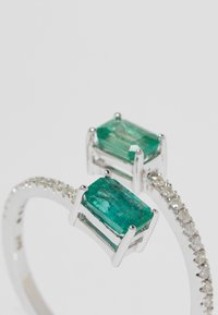 DIAMANT L'ÉTERNEL - WHITE GOLD - Ring - silver-coloured - 4