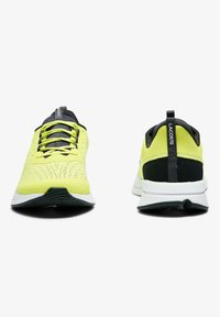 Lacoste - Baskets basses - yellow - 5