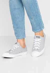 Converse - CHUCK TAYLOR ALL STAR DAINTY SEASONAL - Trainers - wolf grey/white - 0