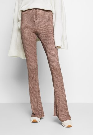 RIB FLARE - Trousers - sand