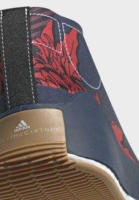 adidas by Stella McCartney - ADIDAS BY STELLA MCCARTNEY TREINO MID-CUT PRINT SHOES - Sneakers alte - blue - 11