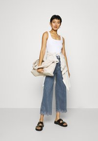 Tommy Hilfiger - BELL BOTTOM - Flared Jeans - patty - 1