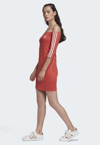 adidas Originals - OFF-THE-SHOULDER DRESS - Jersey dress - red - 3
