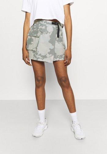 PARAMOUNT SKORT - Sportovní sukně - dark grey