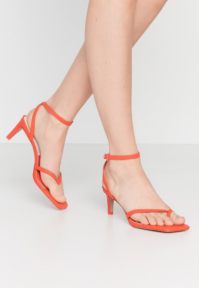 KIKO - Sandales - red