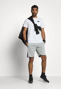 Smilodox - SHORTS HERREN - Sports shorts - grau - 1