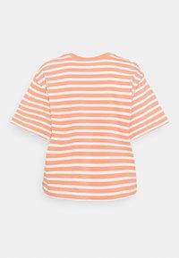 GAP - BOXY TEE - Print T-shirt - orange - 1