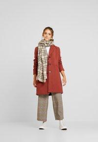 Vero Moda Petite - VMCALA CINDY JACKET - Classic coat - mahogany - 1