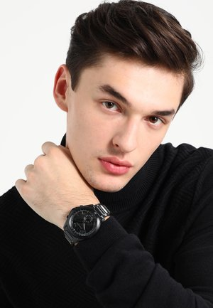 Smartwatch - glänzend/gebürstet/ schwarz