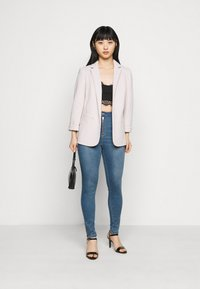 Missguided Petite - VICE HIGHWAISTED SKINNY WITH ZIP FLY - Jeans Skinny Fit - blue - 1
