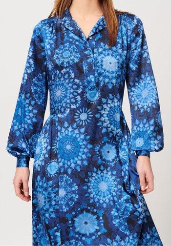 BERTHA - Jersey dress - kaleidoscope blue