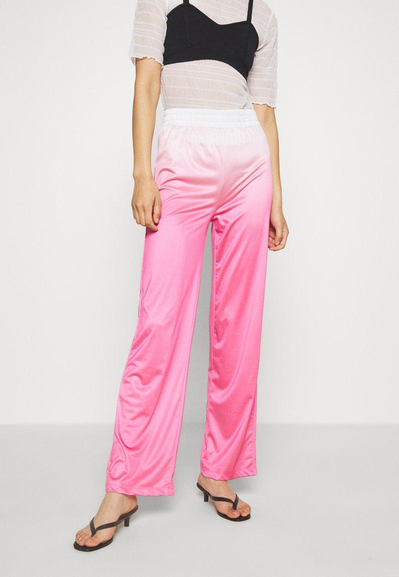 HOSBJERG - RILEY PANTS - Trousers - pink