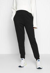 Missguided Tall - BASIC 2 PACK - Pantalon de survêtement - black/grey marl - 1