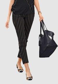 Alba Moda - Trousers - schwarz,taupe - 3