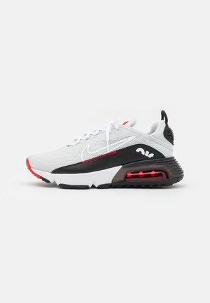 AIR MAX 2090 UNISEX - Tenisky - photon dust/white/black/university red