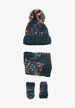 SET - Gloves - multi coloured
