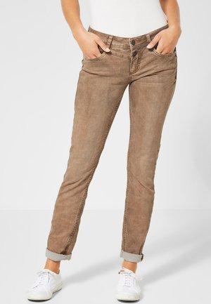 CRISSI - Slim fit jeans - camel